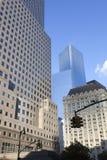 Sinais e construções altas da elevação em mais baixo manhattan New York Imagens de Stock Royalty Free