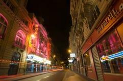 Sinais e ideia da noite do teatro Megador, Paris Imagem de Stock Royalty Free