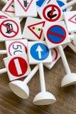 Sinais e símbolos de segurança fotos de stock
