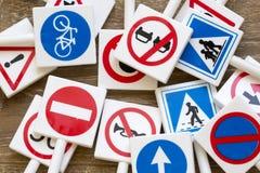 Sinais e símbolos de segurança foto de stock royalty free