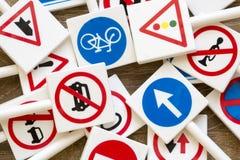 Sinais e símbolos de segurança foto de stock