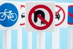 Sinais e símbolos de segurança imagens de stock