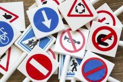 Sinais e símbolos de segurança imagens de stock royalty free