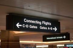Sinais e símbolos do aeroporto fotografia de stock royalty free