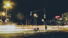 Sinais na noite, Berlim Imagens de Stock
