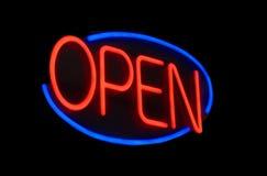 Sinal aberto do néon Fotografia de Stock Royalty Free