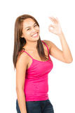 Sinal APROVADO fêmea asiático da mão do perfil que sorri à esquerda Imagens de Stock Royalty Free