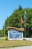 Sinal bem-vindo de Tofino Fotografia de Stock Royalty Free
