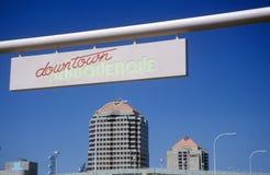 Sinal bem-vindo na entrada a Albuquerque, nanômetro foto de stock