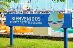 Sinal bem-vindo no porto no del Sacramento de Colonia, Uruguai Fotografia de Stock Royalty Free