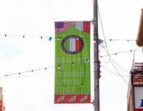 Sinal bem-vindo a pouco Itália, vizinhança histórica em Manhattan Fotografia de Stock Royalty Free