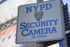 Sinal da área da câmara de segurança de NYPD imagem de stock royalty free