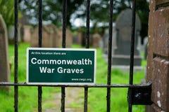 Sinal da comissão das sepulturas da guerra da comunidade fotos de stock