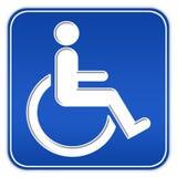 Sinal da desvantagem com cadeira de rodas Fotografia de Stock Royalty Free