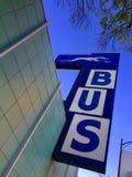 Sinal da estação de ônibus imagem de stock