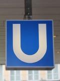 Sinal da estrada de ferro urbana de Munich (U-Bahn) em Marienplatz, 2015 imagem de stock royalty free