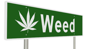 Sinal da estrada para a erva daninha Califórnia com folha da marijuana Fotos de Stock