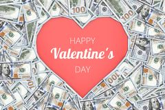 Sinal da forma do coração com as 100 cédulas do dólar fundo do conceito do Valentim Fotos de Stock Royalty Free