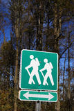 Sinal da fuga de caminhada Imagens de Stock Royalty Free