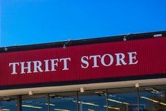Sinal da loja de produtos usados Fotos de Stock