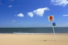 Sinal da praia fotos de stock