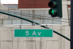 Sinal da Quinta Avenida Imagem de Stock Royalty Free