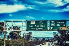 Sinal da saída de Los Angeles na autoestrada 101 que ruma para o sul Imagens de Stock Royalty Free