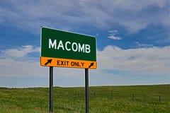 Sinal da saída da estrada dos E.U. para Macomb Fotos de Stock