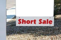 Sinal da venda curta da propriedade Imagem de Stock