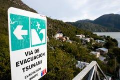 Sinal da zona do perigo do tsunami - Caleta Tortel - Chile Fotografia de Stock