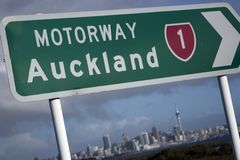 Sinal de Auckland foto de stock royalty free