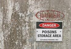 Sinal de aviso da área de armazenamento dos venenos Imagem de Stock