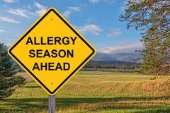 Sinal de aviso da estação da alergia adiante imagens de stock royalty free