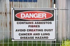 Sinal de aviso do asbesto Fotos de Stock