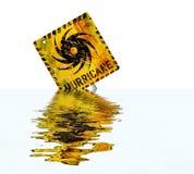 Sinal de aviso do furacão, inundado com o ponto alto, bom espaço da cópia ilustração royalty free