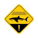Sinal de aviso do tubarão com ondas do mar ilustração royalty free
