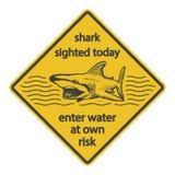 Sinal de aviso eps8 do ataque do tubarão do Grunge ilustração stock