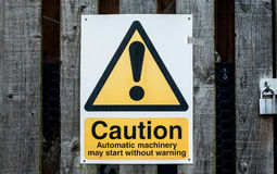 Sinal de aviso público Imagens de Stock Royalty Free