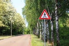 Sinal de aviso/pedestres da estrada foto de stock