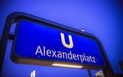 Sinal de Berlin Alexanderplatz, Berlim, Alemanha Fotos de Stock Royalty Free