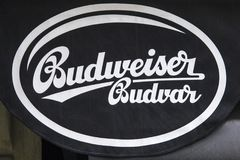 Sinal de Budweiser Budvar fotos de stock royalty free