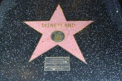Sinal de Disneylândia na caminhada da fama Fotografia de Stock