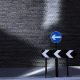 Sinal de estrada de sentido único direcional Fotografia de Stock