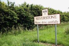 Sinal de estrada de Silverstone fotografia de stock
