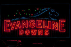 Sinal de Evangeline Downs Race Track Neon Imagem de Stock