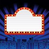 Sinal de néon na cidade Foto de Stock Royalty Free