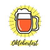 Sinal de Oktoberfest com vidro de cerveja Imagens de Stock Royalty Free