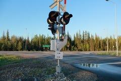 Sinal de parada Alaska do cruzamento de estrada de ferro fotos de stock royalty free