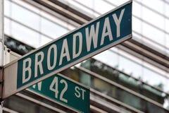 Sinal de rua de Broadway 42nd Fotos de Stock