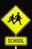 Sinal de tráfego da escola imagens de stock royalty free